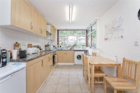 3 bedroom flat to rent - Scholefield Road, London