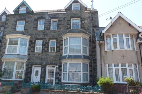 7 bedroom terraced house for sale - Tawelfan, 23 Marine Road, Barmouth, LL42 1NR