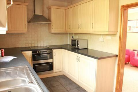 5 bedroom semi-detached house to rent - Hillside, BRIGHTON BN2