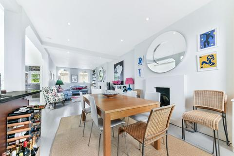 3 bedroom apartment to rent - Kensington Gardens Square, W2