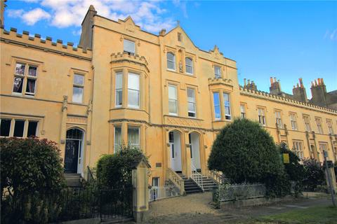 2 bedroom flat for sale - Wellington Square, Cheltenham, GL50