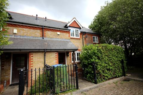 2 bedroom terraced house to rent - Fawn Rise, Henfield BN5
