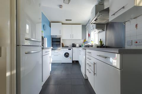 4 bedroom semi-detached house to rent - Barcombe Road, Brighton BN1