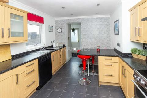 3 bedroom terraced house for sale - St Levan Road, Plymouth, PL2 3AF