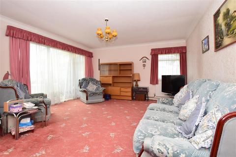3 bedroom detached bungalow for sale - Eastchurch Road, Palm Bay, Margate, Kent