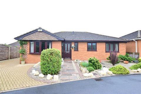 2 bedroom bungalow for sale - Beckhythe Close, Grimsby, Lincolnshire, DN33