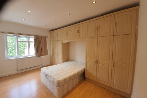 2 bedroom flat to rent - Courtleigh, Bridge Lane, Temple Fortune, NW11
