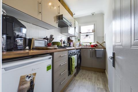 2 bedroom flat to rent - Lansdowne Street, Hove BN3