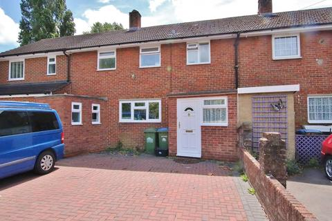 3 bedroom terraced house for sale - Kendal Avenue, Millbrook, Southampton
