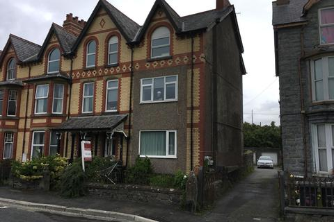 2 bedroom flat for sale - Gwelfor, Station Road, Llanrwst, LL26 0DS