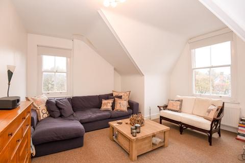 2 bedroom flat to rent - Talbot Road London N6
