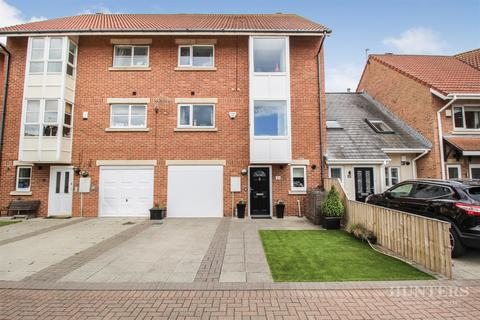 4 bedroom terraced house for sale - Liddell Court, Roker Marina, Sunderland, SR6 0RH