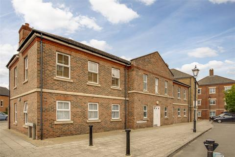 2 bedroom apartment for sale - Knightsbridge Place, Aylesbury, HP19