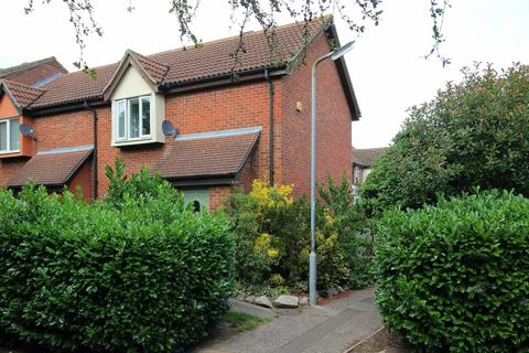 2 bedroom end of terrace house for sale - Pollards Green, Chelmsford, Essex, CM2