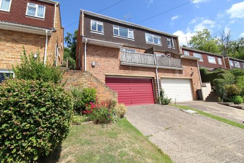3 bedroom semi-detached house for sale - Stewarts Way, Marlow Bottom