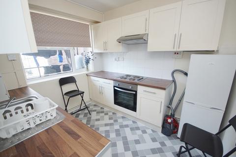 3 bedroom apartment to rent - Compton Close, Euston, NW1
