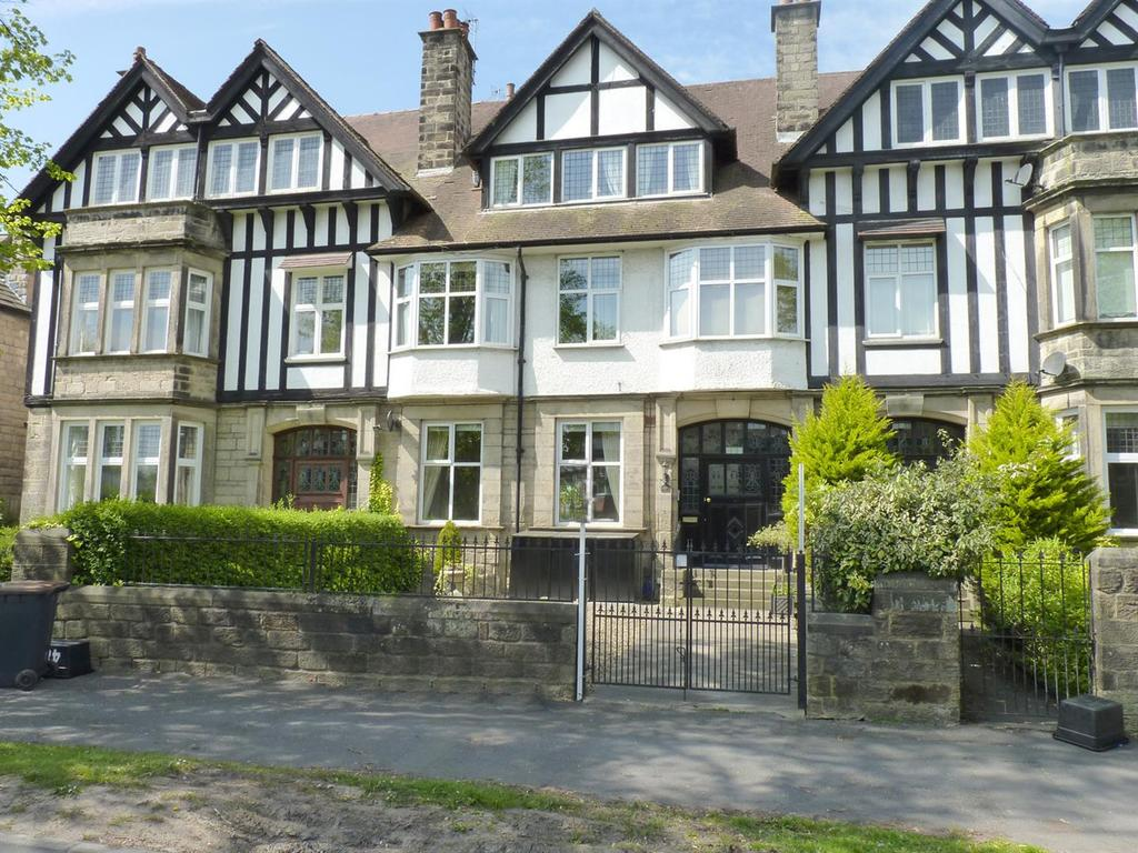 2 Bedrooms Flat for sale in Leeds Road, Harrogate