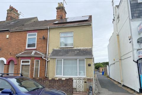 4 bedroom end of terrace house for sale - Oxford Road, Lowestoft