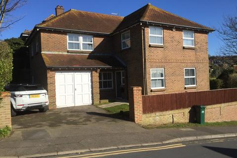 4 bedroom detached house to rent - Falmer Road, Woodingdean