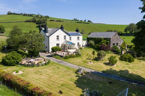 5 bedroom farm house for sale - Barnsdale, Burneside, Kendal, Cumbria LA8 9AG