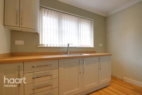 4 bedroom detached house for sale - Main Road, Rochester
