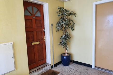 2 bedroom apartment to rent - AYR - Kings Court