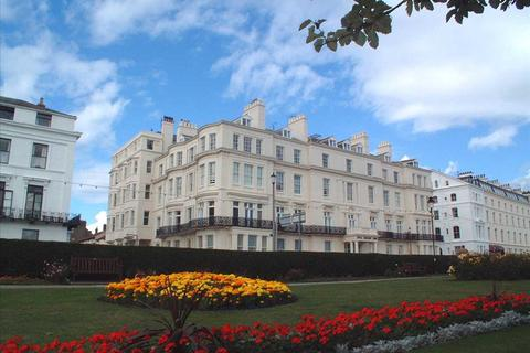 1 bedroom apartment for sale - NEW  -  Royal Crescent Court, Filey
