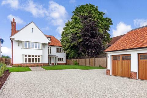 5 bedroom detached house for sale - High Street, Little Shelford
