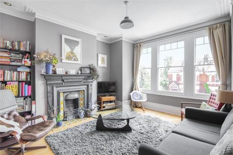3 bedroom maisonette to rent - Old Park Road, Palmers Green, London, N13