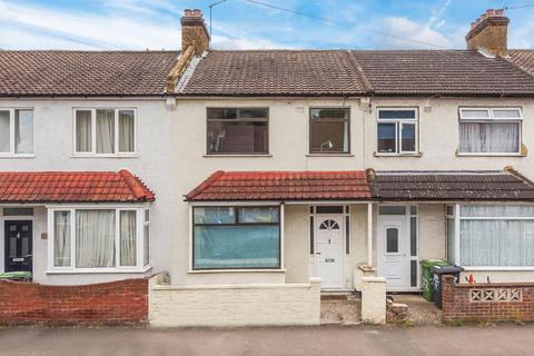 3 bedroom terraced house for sale - Malyons Road, London