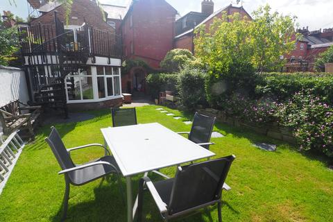 1 bedroom ground floor flat to rent - Manchester Road, Knutsford, WA16