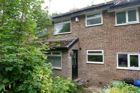 3 bedroom mews for sale - Newstead Grove, Bredbury, Stockport, SK6 2NW