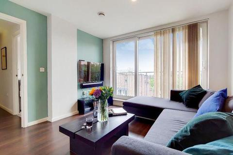 2 bedroom flat for sale - Lankaster Gardens, East Finchley, London, N2 9FF