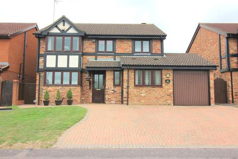 4 bedroom detached house for sale - Woodmere, Luton, Bedfordshire, LU3 4DN