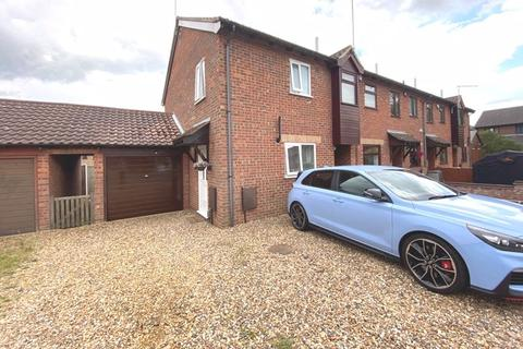 2 bedroom terraced house for sale - Constable Drive, Great Yarmouth