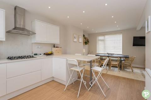 3 bedroom semi-detached house for sale - Bulan Road, Headington