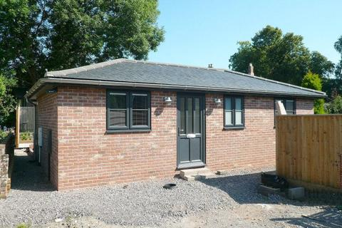 2 bedroom detached house for sale - Portway, WARMINSTER, BA12