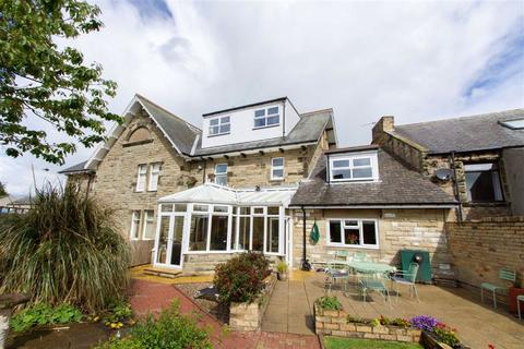5 bedroom semi-detached house for sale - Main Street, Seahouses, Northumberland, NE68