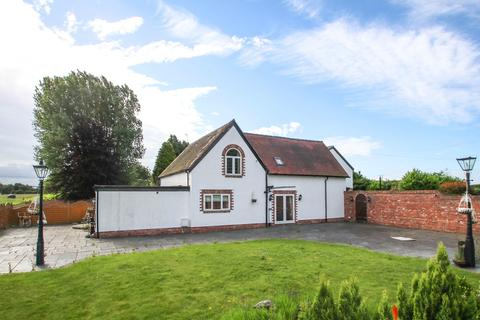 2 bedroom detached house to rent - Dunham Road, Warburton, Lymm, WA13