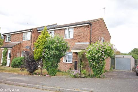 2 bedroom house to rent - Faulkners Way, Burgess Hill