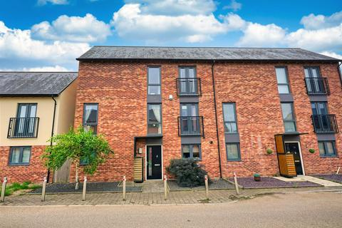 4 bedroom townhouse for sale - Flockton Road, Allerton Bywater, Castleford