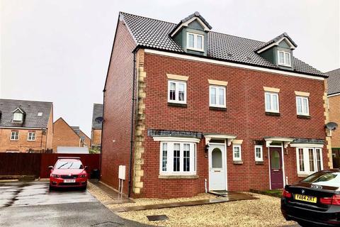 4 bedroom townhouse for sale - Ffordd Y Gamlas, Bynea, Llanelli