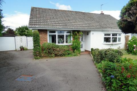 2 bedroom detached bungalow for sale - Coniston Avenue, Bear Cross, Bournemouth