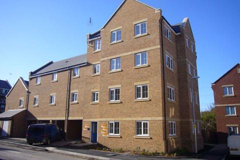 2 bedroom flat to rent - Russett Way (P8132) - AVAILABLE