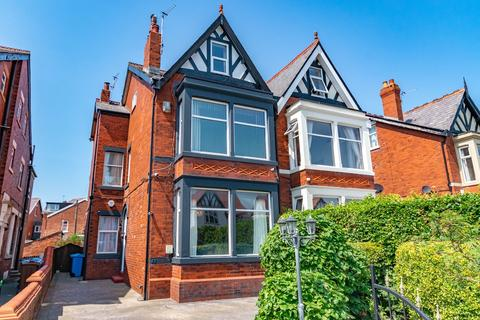 6 bedroom semi-detached house for sale - York Road, Lytham St Annes, FY8