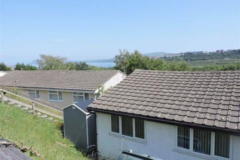 2 bedroom semi-detached bungalow for sale - Seaview Crescent, Goodwick