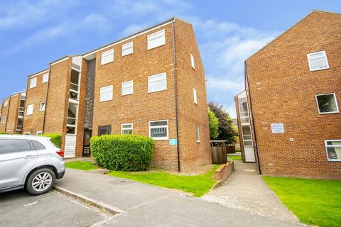 1 bedroom flat for sale - Derwent Crescent, Arnold, Nottinghamshire, NG5 6TF