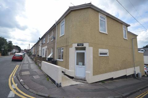 1 bedroom flat to rent - Radnor Street, Town Centre