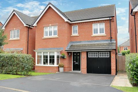 4 bedroom detached house for sale - Goss Place, Alsager, Stoke-On-Trent
