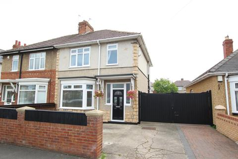 3 bedroom semi-detached house for sale - Geneva Road, Darlington